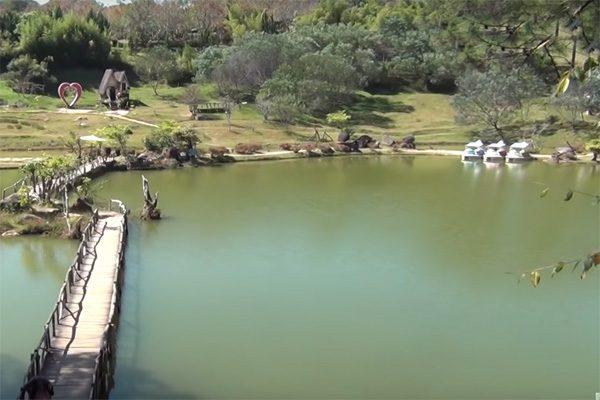 hồ suối vàng 1
