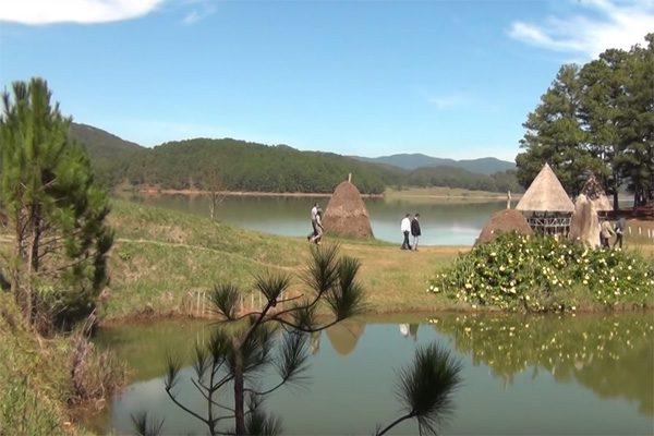 hồ suối vàng 2