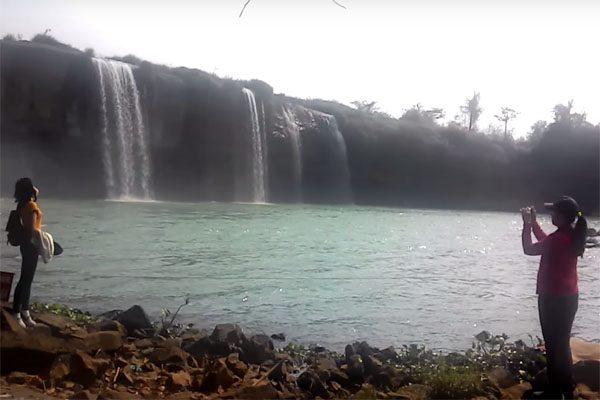 thác gia long
