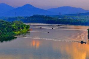 Chiêm Ngưỡng Vẻ Đẹp Sông Hương Xứ Huế