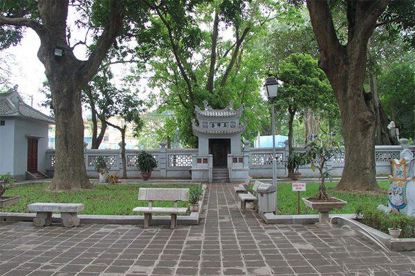 đền quán thánh 1