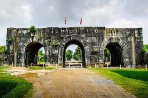 Khám Phá Thành Nhà hồ – Công Trình Độc Nhất Vô Nhị Việt Nam