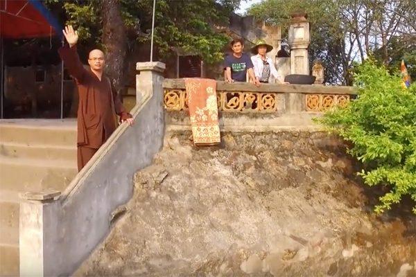 chùa hương tích 3