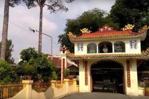 Khám Phá Ngôi Chùa Cổ Phụng Sơn, Quận 11