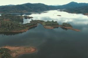 Hồ Cấm Sơn – Địa Điểm Du Lịch Hấp Dẫn Trong Dịp Hè.