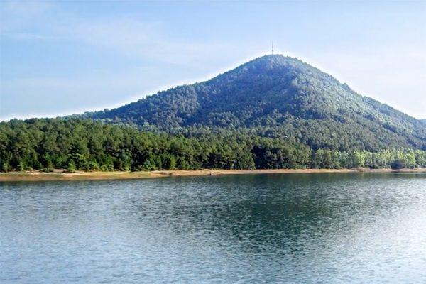 núi hồng lĩnh 5