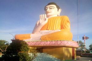 Thăm Quan Tượng Phật Ngồi Ấn Tượng Nhất Tại Bạc Liêu
