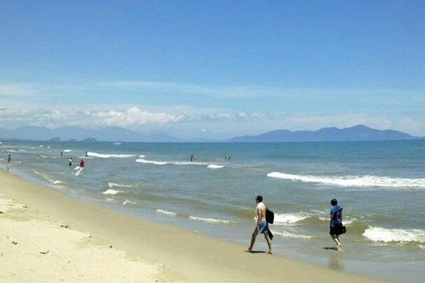 bãi biển cửa hội 2