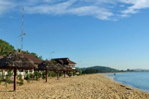 bãi biển sa huỳnh 1