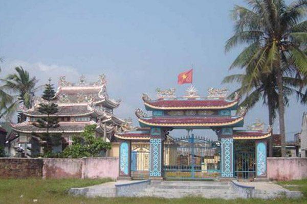 đền thờ cá ông