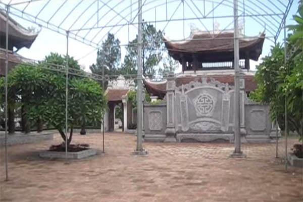 đền thờ vua quang trung núi quyết