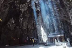 Nét Bí Ẩn Của Động Huyền Vi, Đà Nẵng