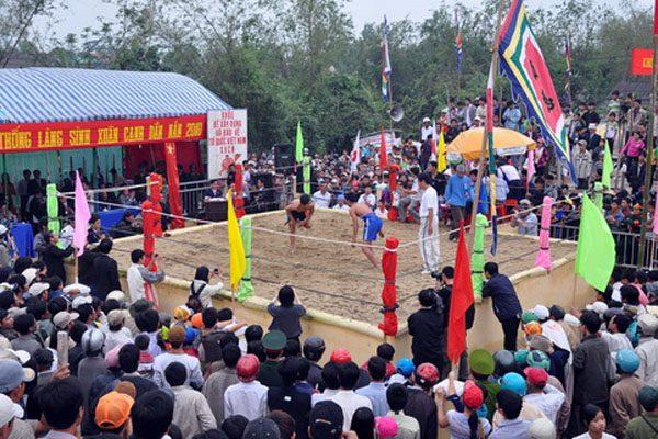 hội vật làng sình