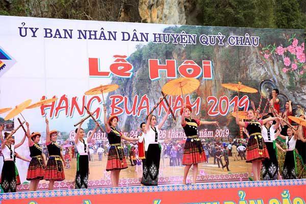 lễ hội hang bua