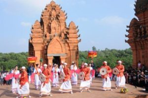 Khám Phá Lễ Hội Kate Đặc Sắc Tại Ninh Thuận