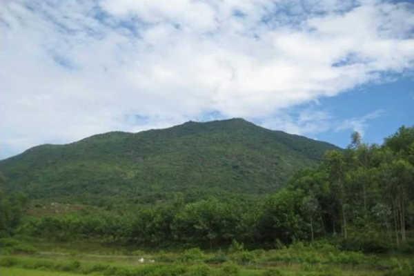 núi dinh