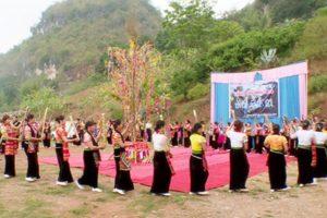 Lễ Hội Của Người Thái Tại Hoà Bình