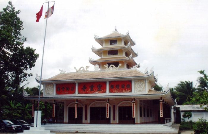 chùa tuyền linh