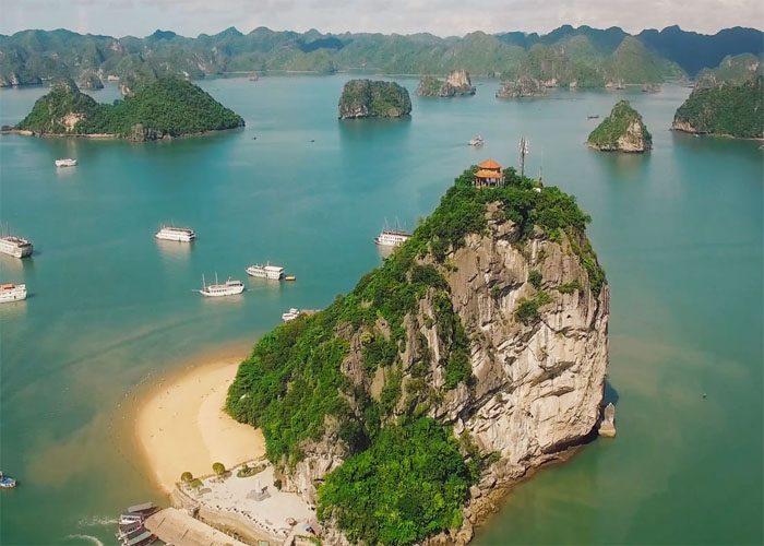 Tour Du Lịch Hạ Long 2 Ngày 1 Đêm Trên Du Thuyền Hạng Sang